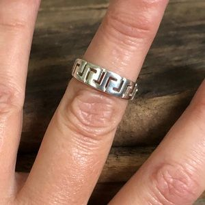 Jewelry - Sterling silver tribal ring